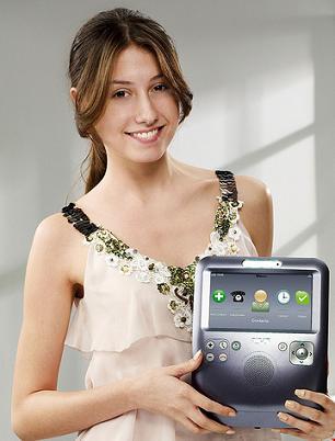 skype-videophone-girl-2